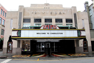 Riviera Theater Photo 2